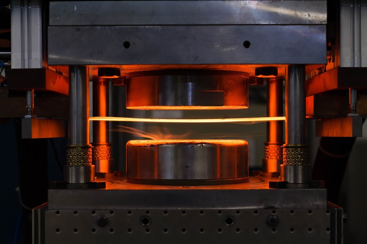 Annealed steel sheet in hot gas bulge test