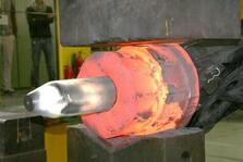 Open-die forging of an inner-contoured hollow shaft at IBF
